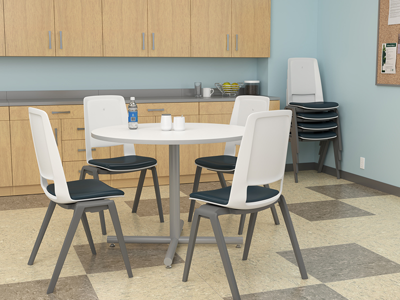Fila Stack Chair | Geo Table